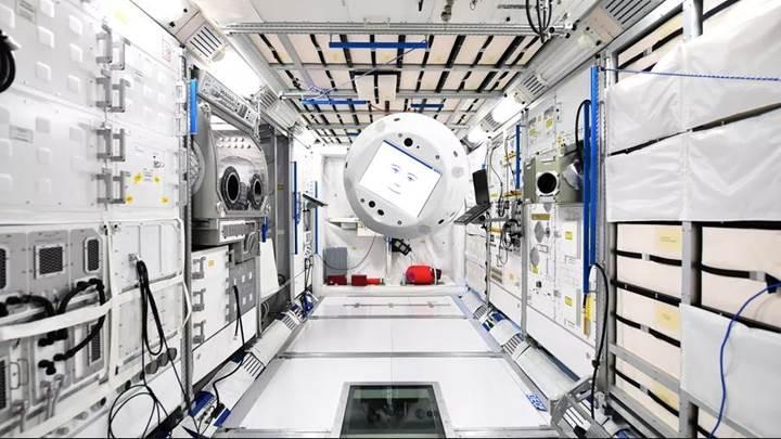 cimon uluslararası uzay istasyonu robot