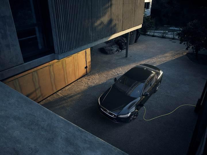 Yeni Volvo S60'ın Polestar Engineered versiyonları dakikalar içinde satıldı