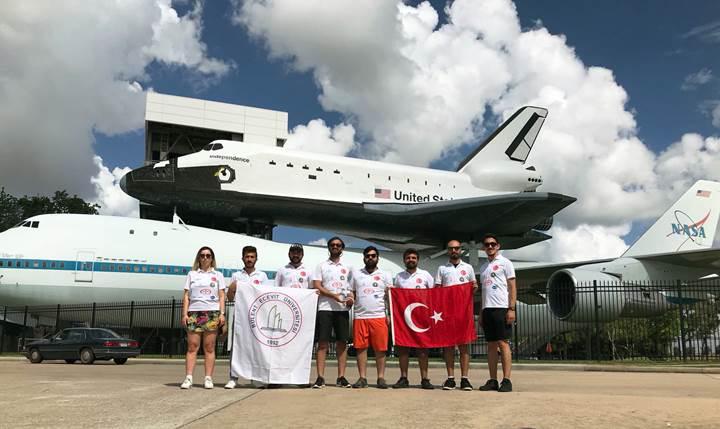 Grizu-263 Uzay Takımı'nın dünya ikincisi model uydusu hangi yeteneklere sahip?