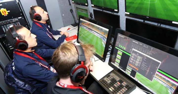 Futbol hakemlerinin teknolojik dönüşümünü destekliyor musunuz? [Anket]