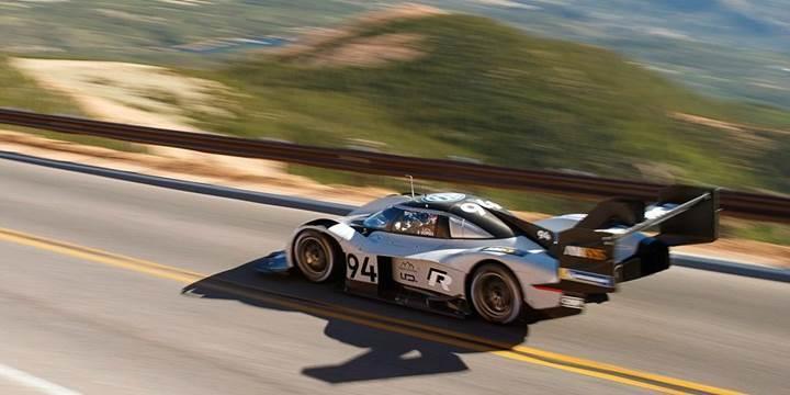 Pikes Peak yarışında rekor kıran elektrikli Volkswagen I.D. R'ın yeni görüntüleri paylaşıldı