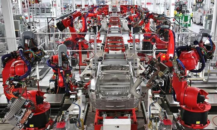 Tesla Çinli yetkililerle anlaşmaya vardı: Şanghay'da fabrika açacak