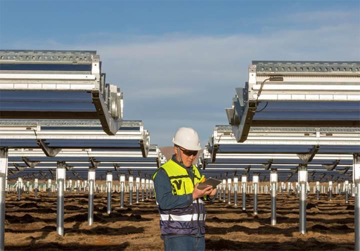 Apple'dan Çin'e 300 milyon dolarlık temiz enerji yatırımı