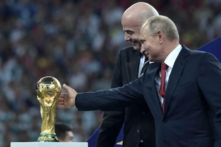 """Putin: """"Rusya Dünya Kupası sırasında 25 milyon siber saldırıya maruz kaldı."""""""