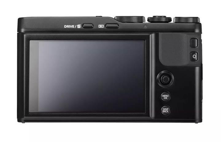 Fujifilm'den büyük sensörlü küçük dijital fotoğraf makinesi: XF10