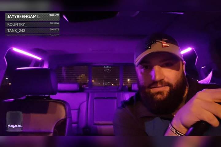 Uber ve Lyft Twitch yayını yapan şoförün görevine son verdi