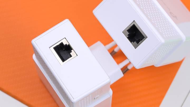 Elektrik hattından internet aktarın!