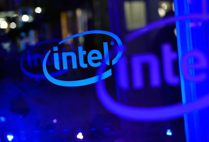 Yaşanan olumsuzluklar Intel'i rekorlardan alıkoyamıyor