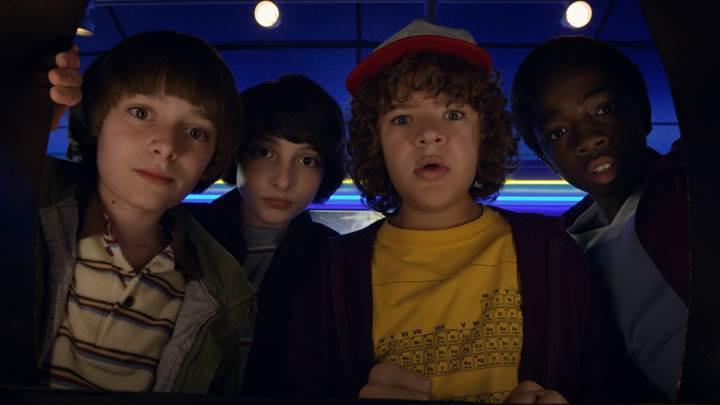 Stranger Things'in 3. sezonu ertelendi