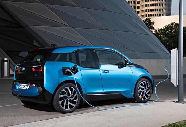 Almanya, elektrikli şirket araçlarına vergi indirimi getiriyor