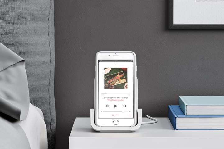 Logitech iPhone'lar için tasarladığı kablosuz şarj standı POWERED'ı piyasaya sürüyor