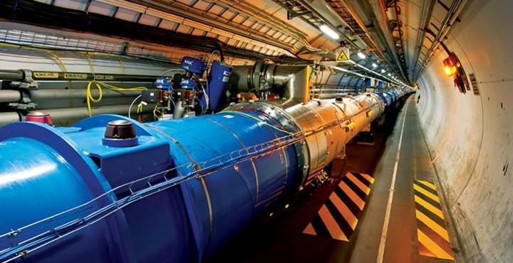 Büyük Hadron Çarpıştırıcısı'ndan bir ilk daha
