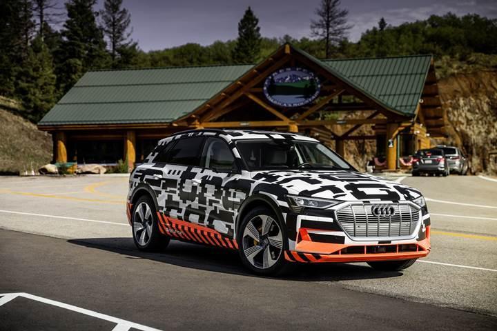 Audi E-Tron, yokuş aşağı yapılan her kilometrede menziline 1 kilometre ekliyor
