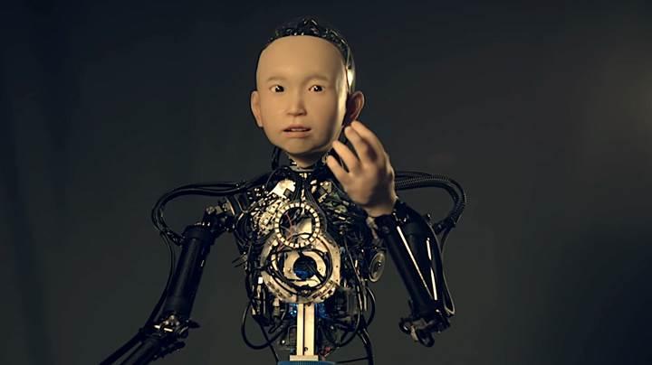 Japon robot uzmanı 10 yaşındaki çocuğa benzeyen robot geliştirdi