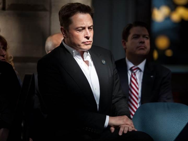 Tesla yatırımcıları Elon Musk'a dava açtı