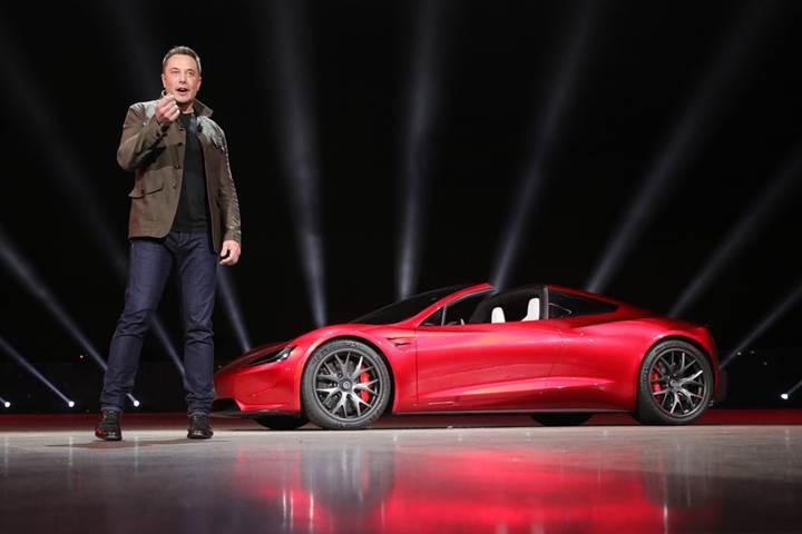 Elon Musk, Tesla'yı borsadan çıkarmak için Suudi yetkililerle anlaştı