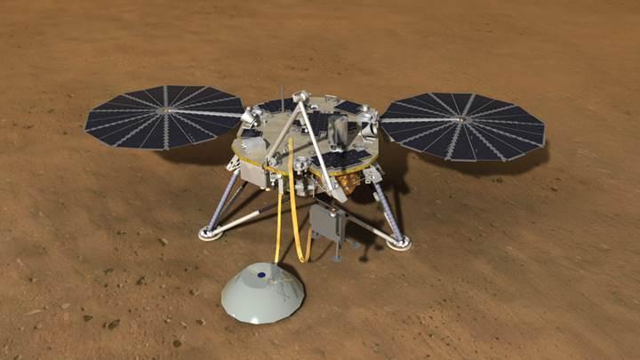 NASA'nın Mars'a gönderdiği gözlem aracı, uzayda 'selfie' yakaladı