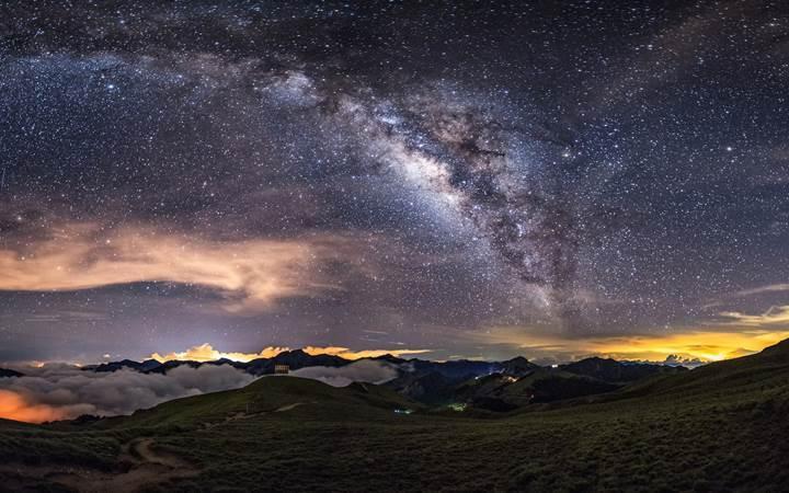 Yıldızlar galaksimizin yeniden doğuşunu hatırlıyor