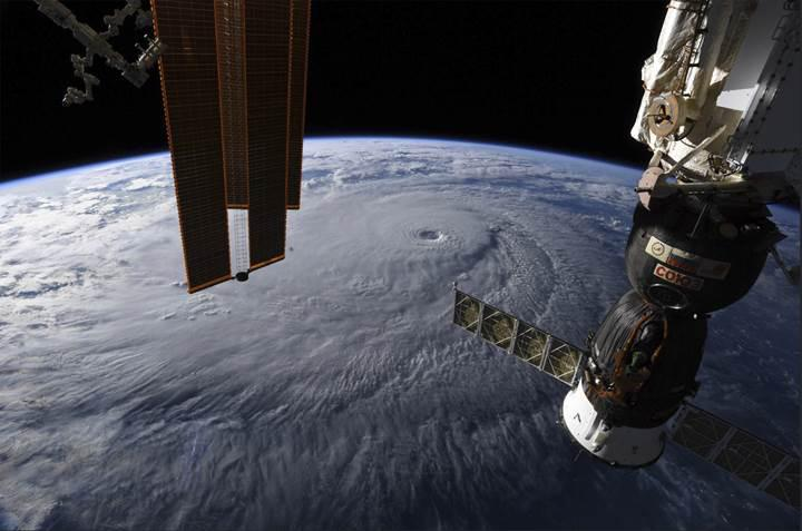 Uluslararası Uzay İstasyonu'ndan inanılmaz kasırga görüntüleri (VİDEO)