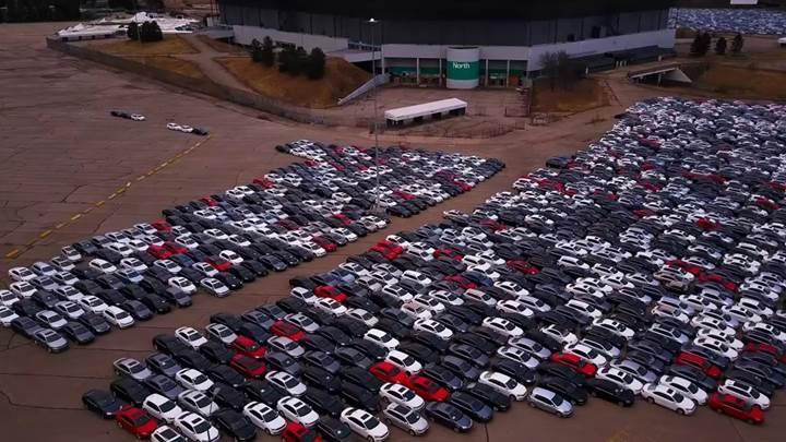 Volkswagen'deki emisyon skandalı benzinli araçlara da sıçramış olabilir