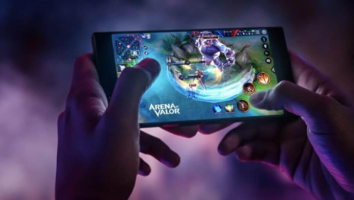 Oyunculara müjde: Razer Phone 2 geliyor