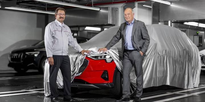 Audi tamamen elektrikli ilk SUV'unun seri üretimine başladı