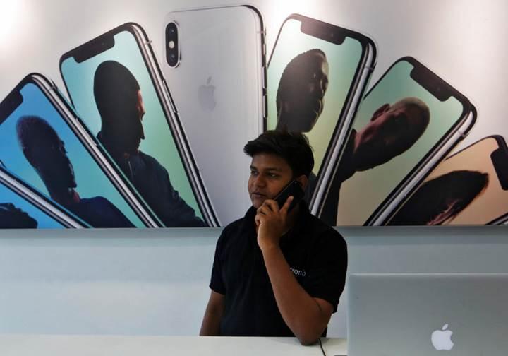 Samsung ve Apple önümüzdeki yıl üç kameralı telefonları piyasaya sunacaklar