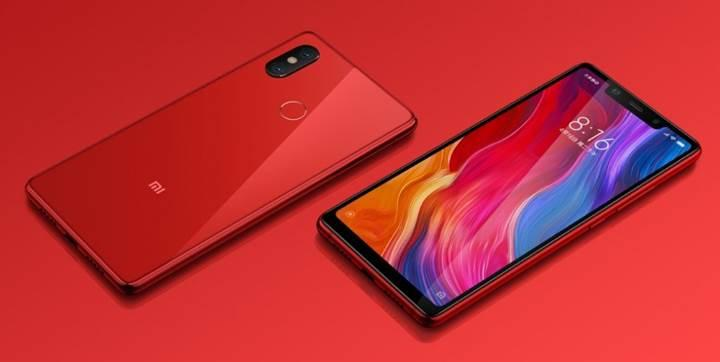 Xiaomi, Mi 8 Youth ve Mi 8 Screen Fingerprint Edition ile geri dönüyor