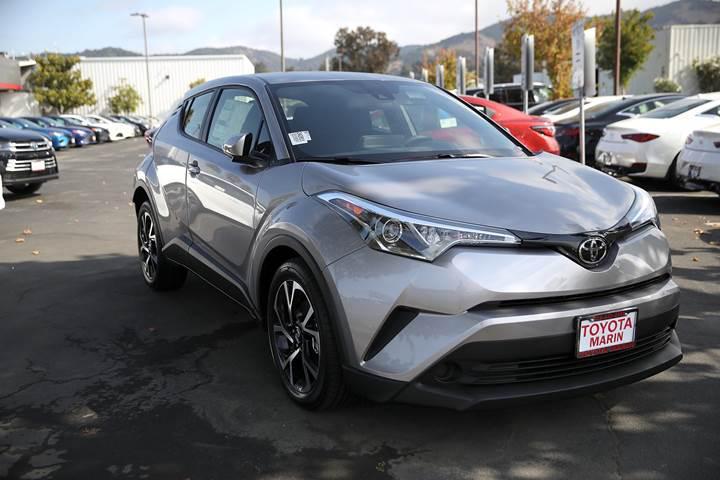 Toyota, yangın ihtimaline karşı hibrit araçlarını geri çağırıyor