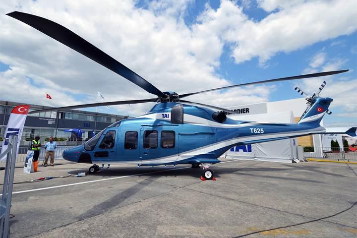 Yerli helikopter ilk uçuşunu yaptı
