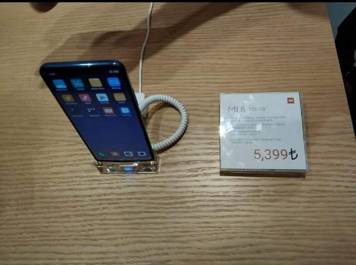 Xiaomi Mi 8'in çok tartışılacak Xiaomi Türkiye fiyatı belli oldu!