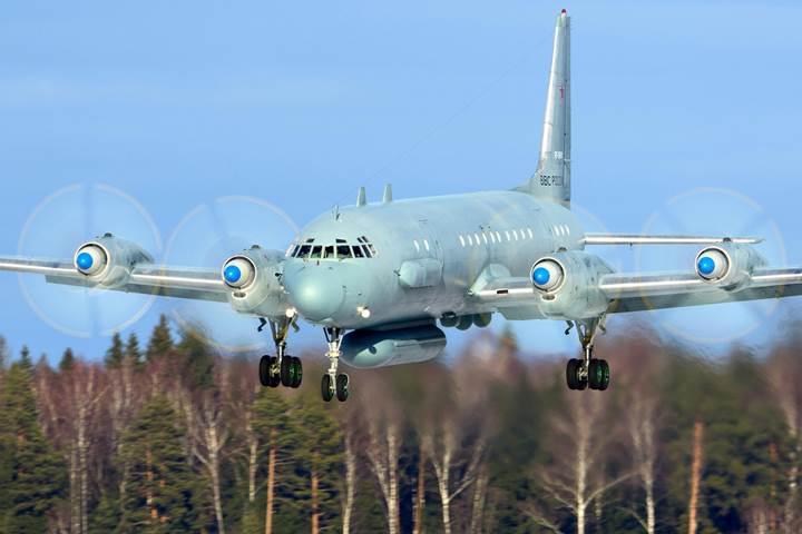 Rus yapımı Suriye füzeleri ile düşürülen Rus uçağı: IL-20