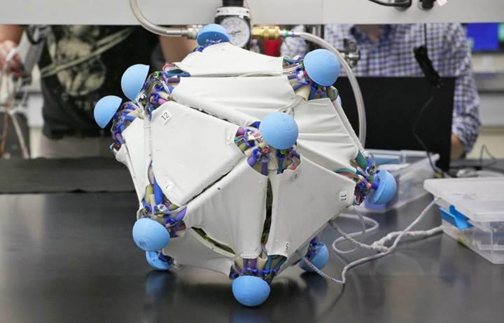 Robotik deri ile bütün nesneler robota dönüşebilir