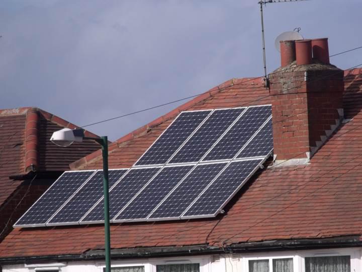 Yükselen döviz kurları güneş enerjisi sektörünü de etkiledi