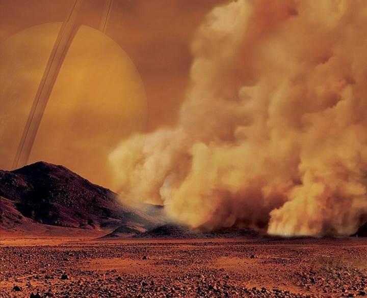 Satürn'ün uydusu Titan'da 'toz fırtınaları' bulundu
