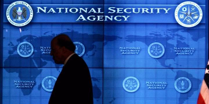 Gizli belgeleri evine götüren NSA çalışanı beş buçuk yıl hapis cezasına çarptırıldı