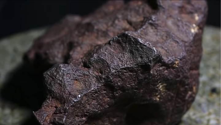 100 bin dolar değerindeki gök taşı, 30 yıl boyunca kapı takozu olarak kullanıldı