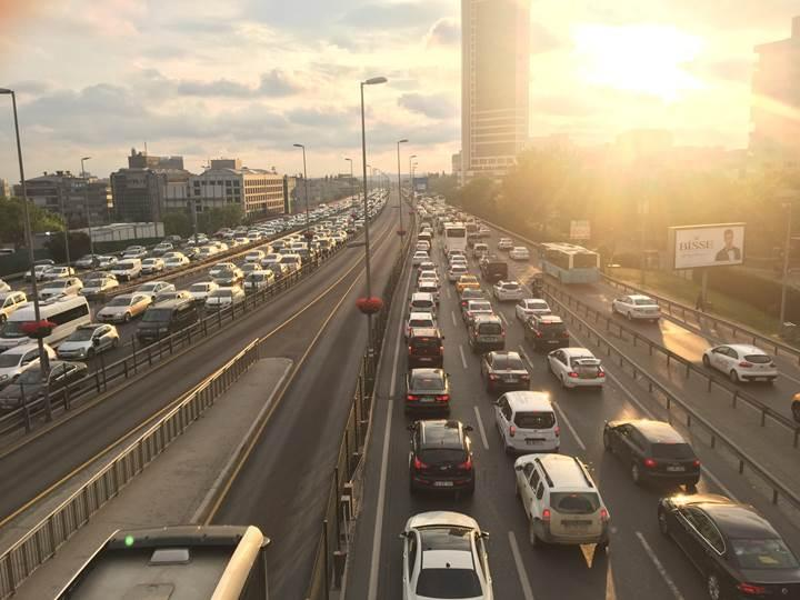 TomTom ve INRIX'e göre İstanbul'da trafik giderek azalıyor