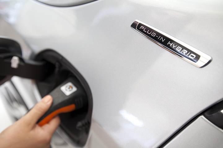 İngiltere artık hibrit otomobiller için teşvik sunmayacak