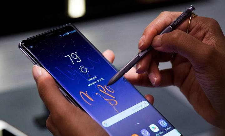 Samsung Galaxy Note 10, 6.66 inçlik bir ekranla gelebilir