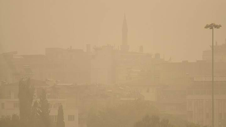 """Beş il için uzmanlardan hava kirliliği uyarısı: """"Maske takın"""""""