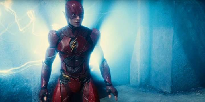 DC'nin Flash filmi bir kez daha ertelendi