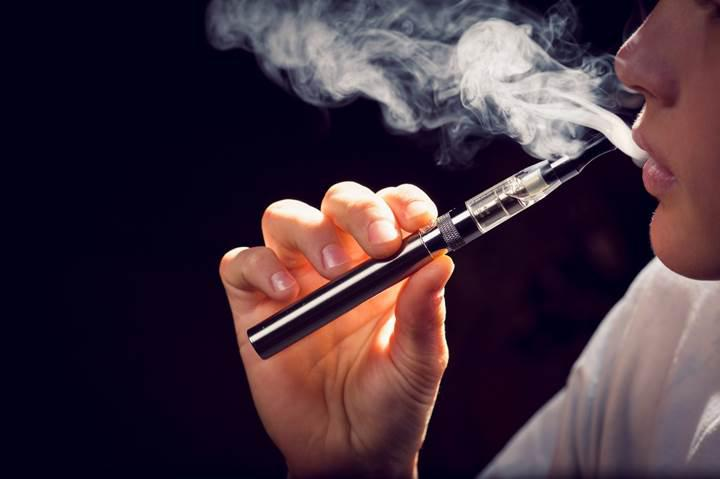 Elektronik sigara likitleri akciğer rahatsızlıklarına yol açabilir