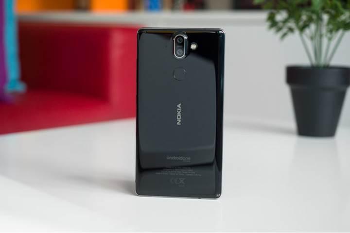 Nokia 8 Sirocco satıştan kalkıyor