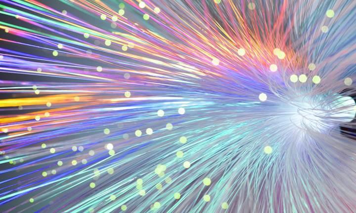 İnterneti 100 kat hızlandırabilecek teknoloji