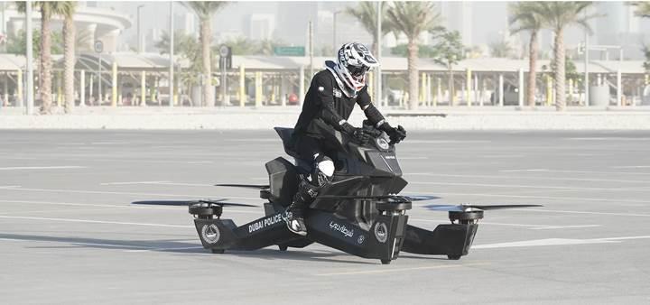 Uçan motosiklet Scorpion 3, 150 bin dolar fiyat etiketiyle satışa sunuluyor