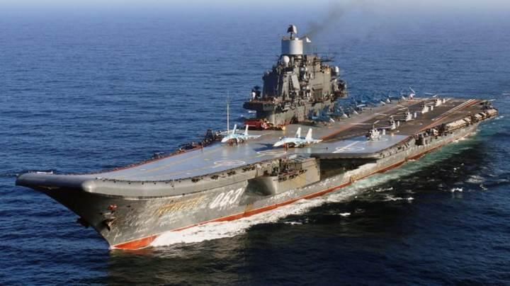 Rusya'nın tek uçak gemisi Admiral Kuznetsov'da kaza!