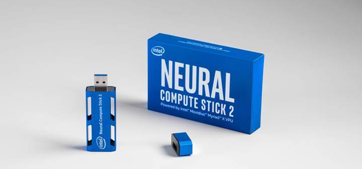 Intel yeni USB tabanlı yapay zekâ belleğini duyurdu