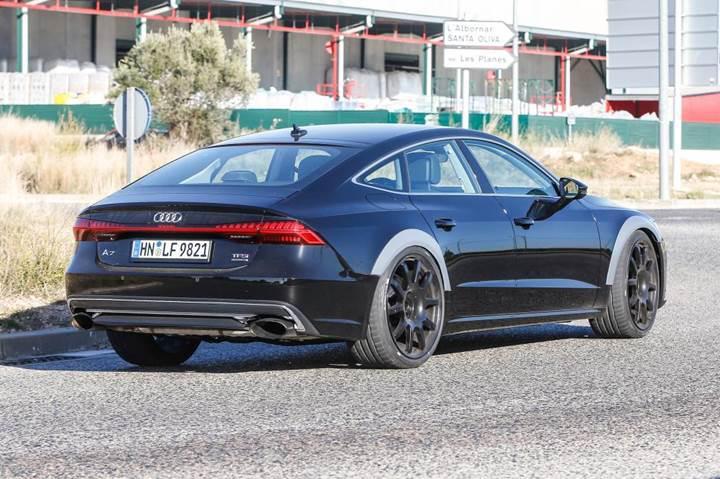 2019 Audi RS 7 kameralara yakalandı