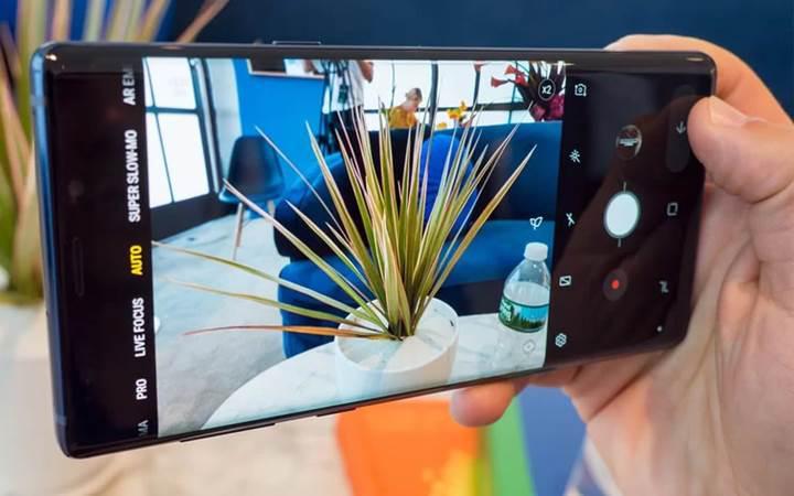 Samsung, Galaxy Note 9'daki kamera problemini çözmeye çalışıyor